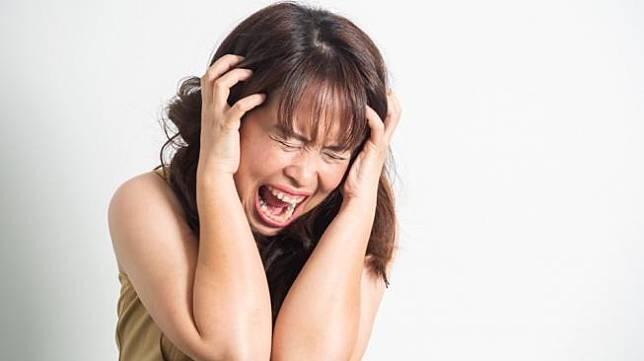 Punya Kerabat Tunjukkan Gejala Skizofrenia? Ini yang Bisa Anda Lakukan