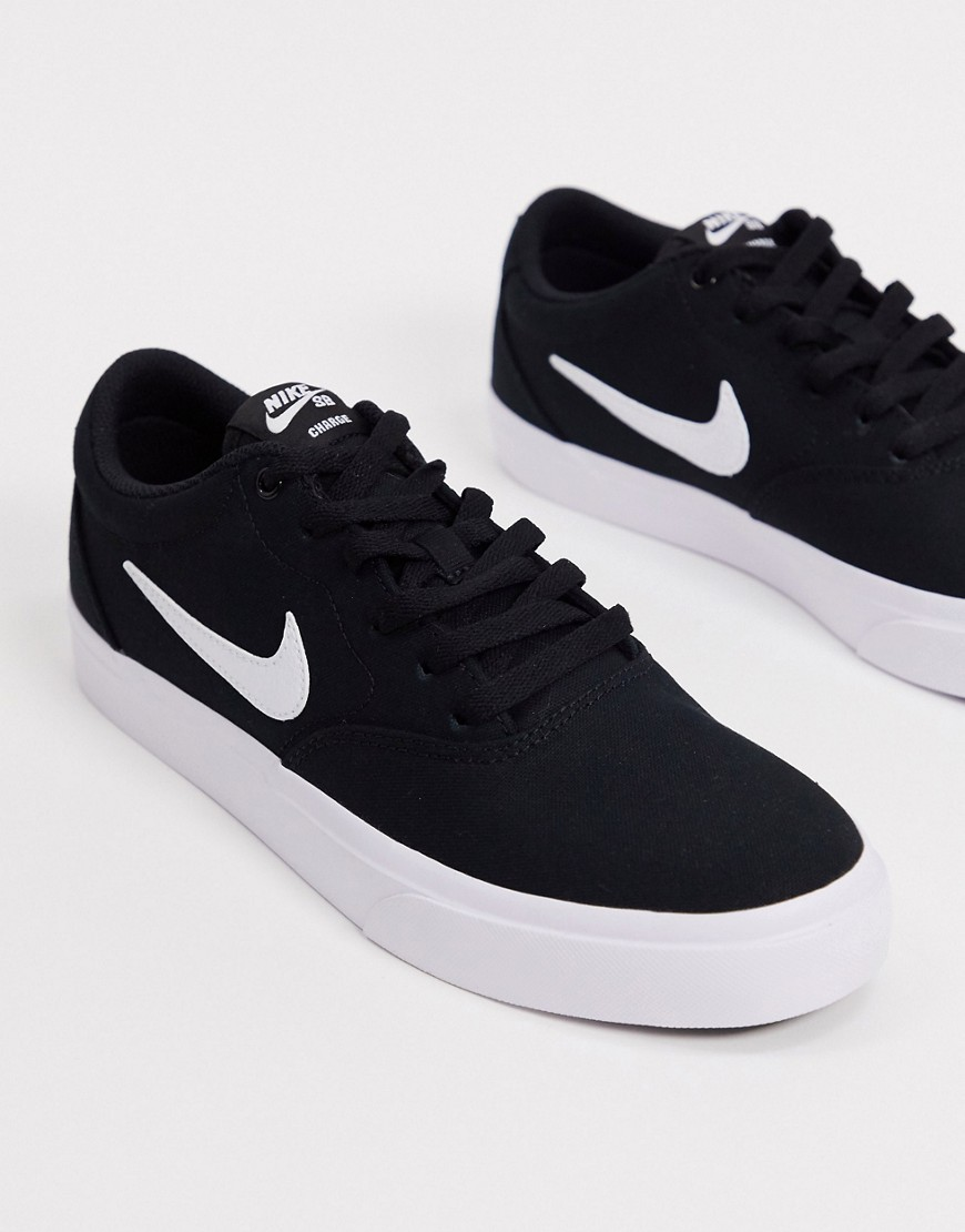 Trainers by Nike Unboxing potential: considerable Low-profile design Lace-up fastening Padded cuff S