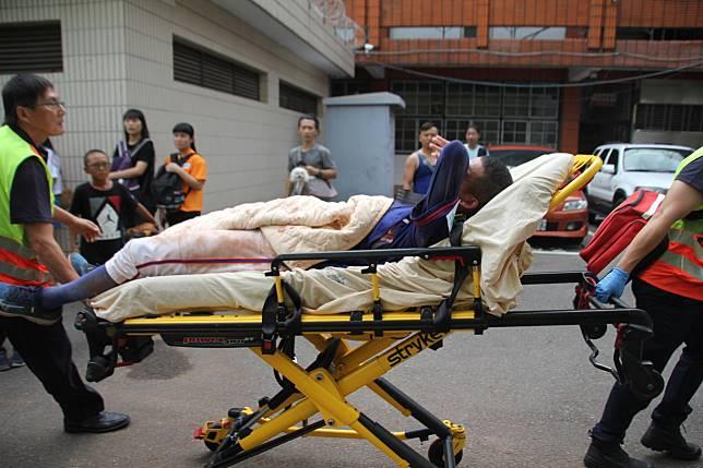 何恆佑挨頭部觸身球,隨後被送往醫院檢查,確定沒有腦震盪症狀。