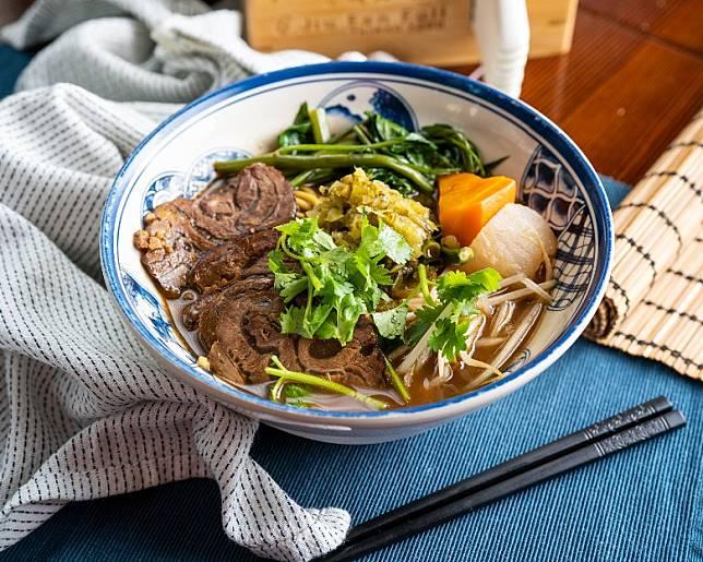 肖馬者宜多吃牛類菜式,而紅燒牛肉麵就是簡單而美味之選。(互聯網)