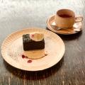 黒いチーズケーキ - 実際訪問したユーザーが直接撮影して投稿した吉祥寺本町カフェコマグラ カフェの写真のメニュー情報