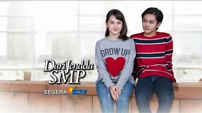 Rey Bong dan Sandrinna Michele dalam sinetron Dari Jendela SMP.