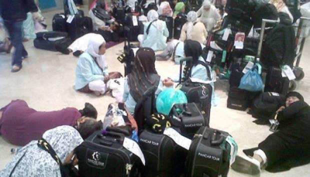 Kedatangan jemaah haji di Bandar Soeta. Tempo/Subekti