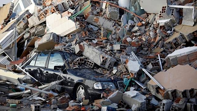 แอลแบเนียจับกุมผู้ต้องสงสัยฐานทุจริตจนทำให้อาคารถล่ม จากเหตุแผ่นดินไหวเดือนก่อน