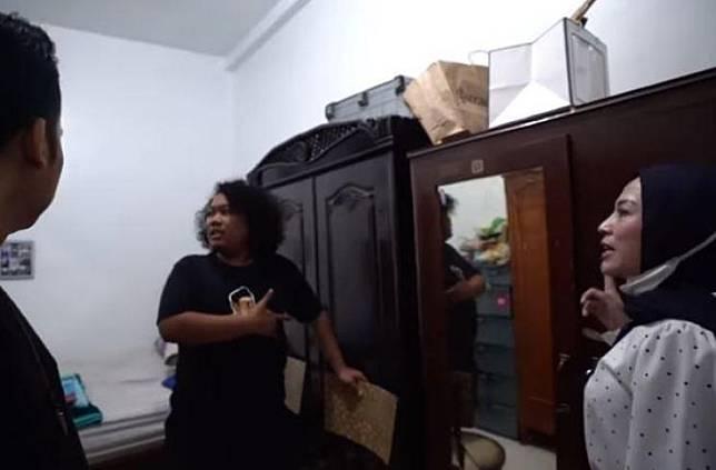 Rumah Marshel Widianto. (Youtube/ShantyDenny)