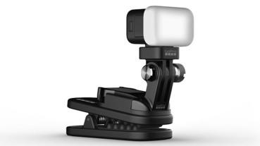 GoPro 居然推出「手電筒」 ,覺得似曾相識?