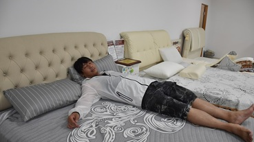 有著三十年制床經驗的【仙度瑞拉床墊】專利灌模封邊及綠能水冷膠讓睡覺是非常舒服的一件事!每天都想賴著不起床了!