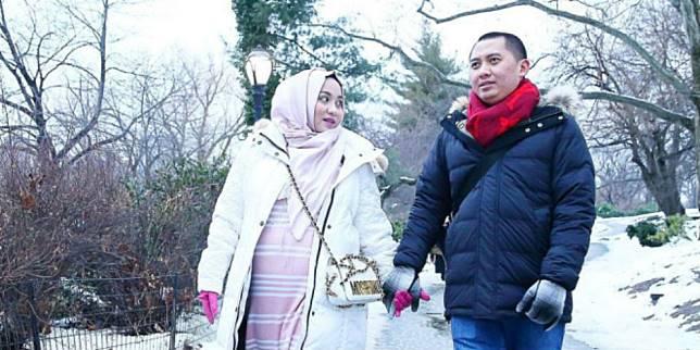 Anniesa Hasibuan dan Andhika Surachman.