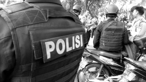 Melihat Kejahatan di Mana pun? Hubungi 110 Polisi Akan Datang