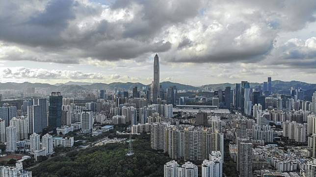 Shenzhen's largest residential land sale since 2001 draws the attention of more than 80 Chinese and Hong Kong developers