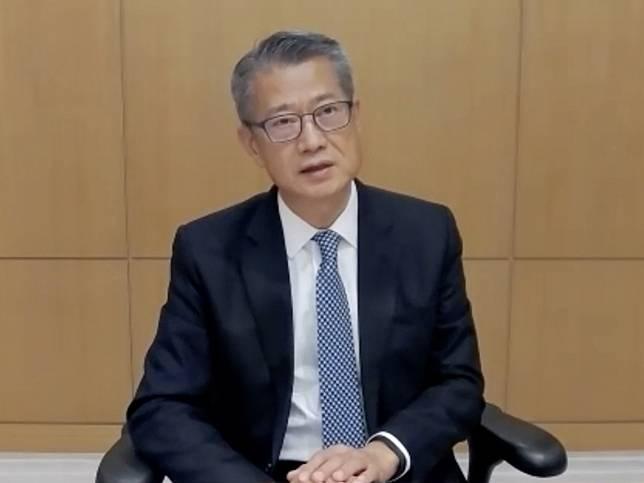 陳茂波受訪說,自兩年前中美經貿摩擦開始,特區政府已作出研判。(環球網截圖)