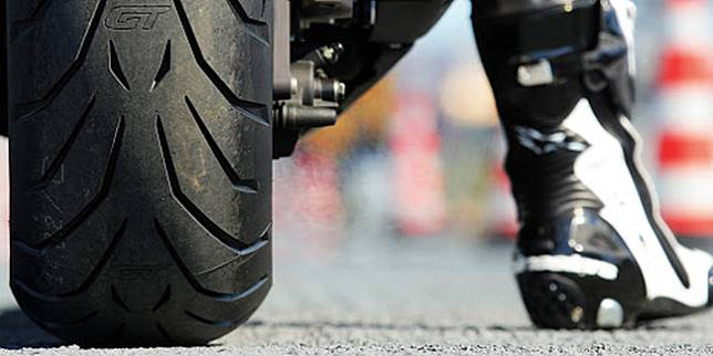 Ban motor (Motorcycle USA)