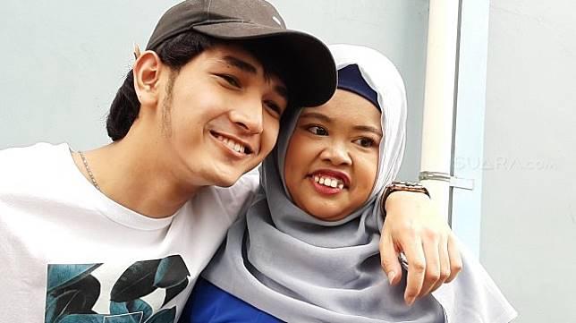 Pasangan Rio Ramadhan dan Rahmawati Kekeyi. [Evi Ariska/Suara.com]