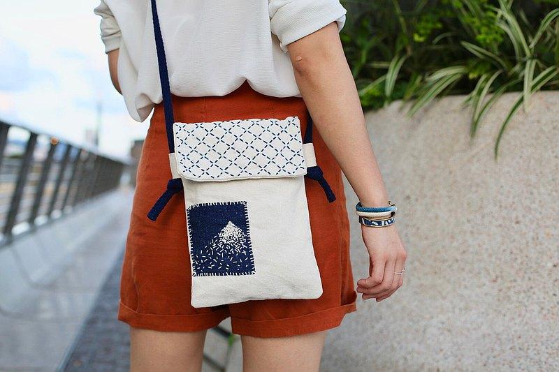 藍染手工日本富士山刺繡斜背包