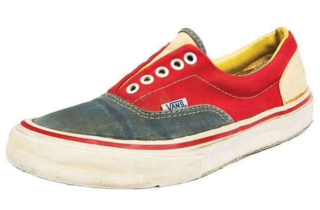 Ini Dia 10 Sepatu Vans Paling Ikonik Sepanjang Masa 3bbf8fa89e