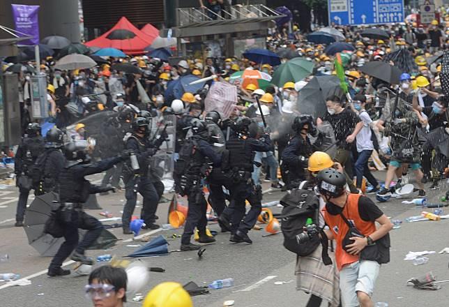前監警會成員聯署籲設獨立委員會調查金鐘衝突。資料圖片