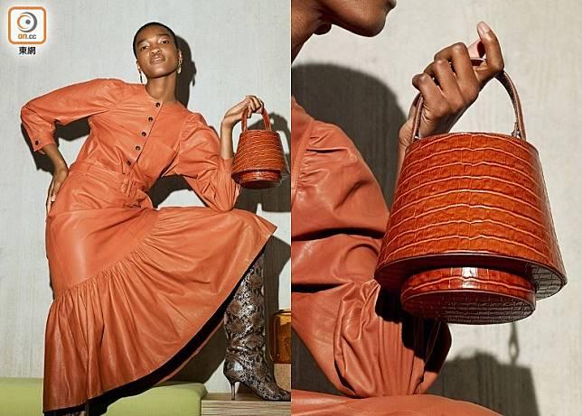 Tan Croc Leather Lantern Bag(互聯網)