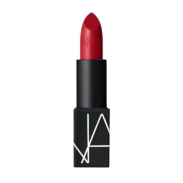 NARS Iconic Lipstick Collection經典唇膏系列:以專利唇部修護成分及抗氧化配方研製,配方中的熱情果籽油能修護唇部和抗氧化,而辣木籽油則有效提供持久濃厚的色澤。(互聯網)