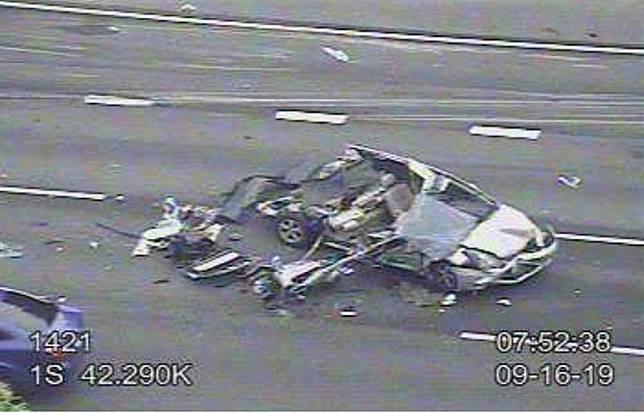 (前天作廢)北上林口路段重大車禍 7小客車撞成廢鐵