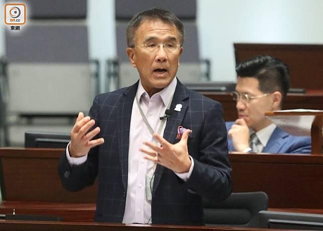 田北辰認為僅由監警會調查具爭議性,質疑政府拖延。(羅錦鴻攝)
