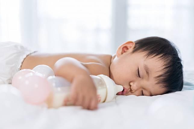 Mitos dan Fakta Perkembangan Anak yang Moms Perlu Tahu