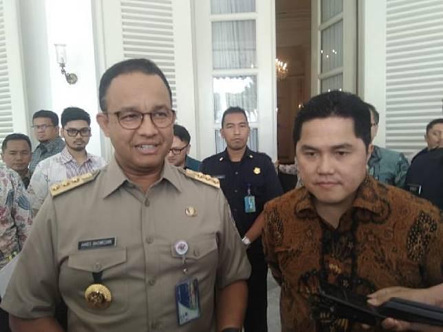 Menteri BUMN Erick Thohir menemui Gubernur DKI Jakarta Anies Baswedan di Balai Kota DKI, 29 Oktober 2019. Tempo/Imam Hamdi