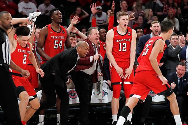扯掉 NCAA 龍頭路易維爾大學之後,德州理工全隊欣喜若狂(圖/達志影像)
