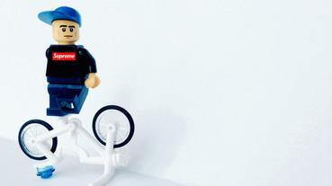 積木系列 / 當 LEGO 公仔穿上經典街頭品牌服飾