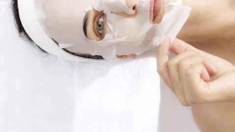 6 Tanda Masker Wajah Tak Cocok untuk Kulit Anda
