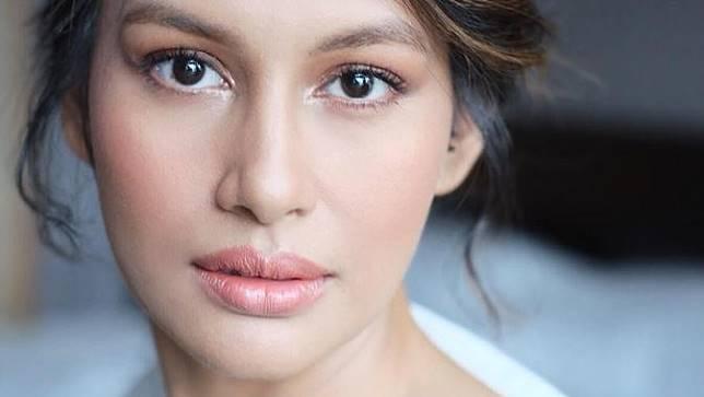 Pesona Raihaanun yang sabet predikat aktris terbaik di AIFFA 2019