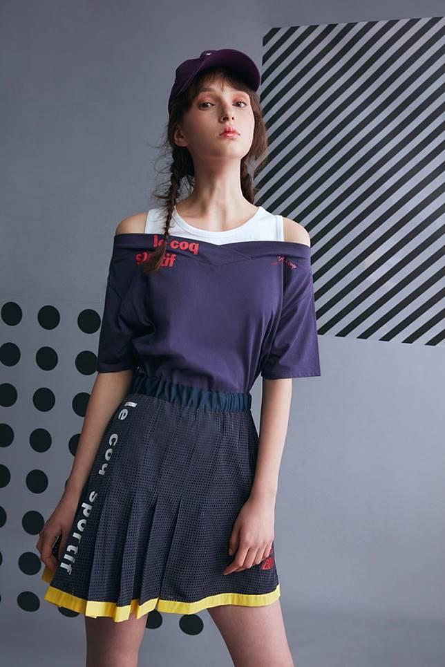 網球裙的百摺剪裁,帶有運動感之餘,整體造型更顯優雅脫俗之意。(互聯網)