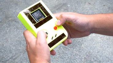國外團隊開發不用電池的掌機「Engage」,很環保但 10 秒就關機