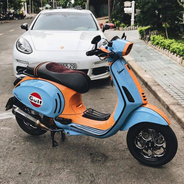 Vespa Sprint ala Gulf Racing