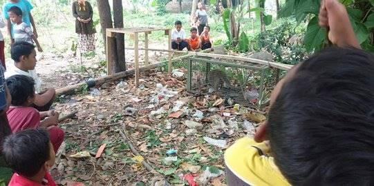 Warga Bogor tangkap monyet yang serang bocah. ©2019 Merdeka.com
