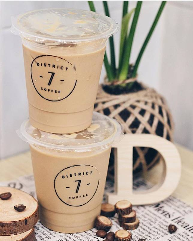 District 7 Coffee kopi susu