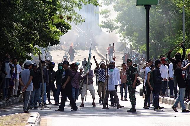 Pamit lihat demo, Riyan Saputra justru tewas diterjang peluru