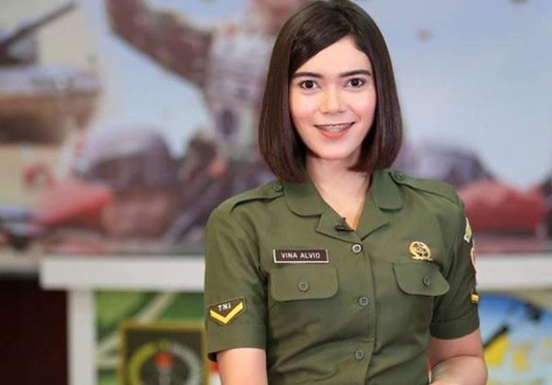Lihat Gaya Tentara Cantik Indonesia Yang Bisa Bikin Klepek Klepek Okezone Com Line Today