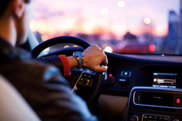 Bayar pajak mobil di DKI harus buktikan punya garasi