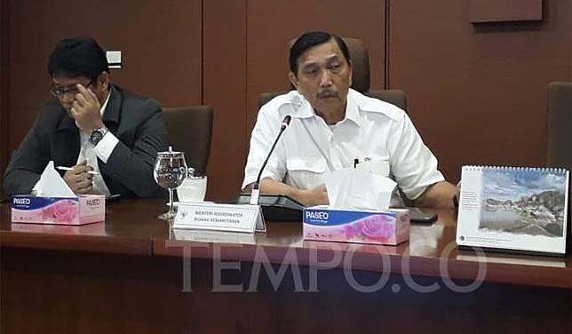 Menteri Koordinator Bidang Kemaritiman Luhut Binsar Pandjaitan menyampaikan rangkuman hasil pertemuan G20 di kantornya, Jalan MH Thamrin, Jakarta Pusat, Selasa, 2 Juli 2019. TEMPO/Francisca Christy Rosana