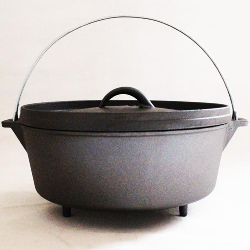 多出來的鍋蓋上緣,可以安心的放置木炭,讓鍋子加溫更均勻。鍋蓋翻過來可以當成煎盤,隨時都可以享受美食。底部有三腳設計,不同尺寸可以互相堆疊(建議較小尺寸放上面) 商品規格 產地:台灣材質:鋼尺寸:12吋