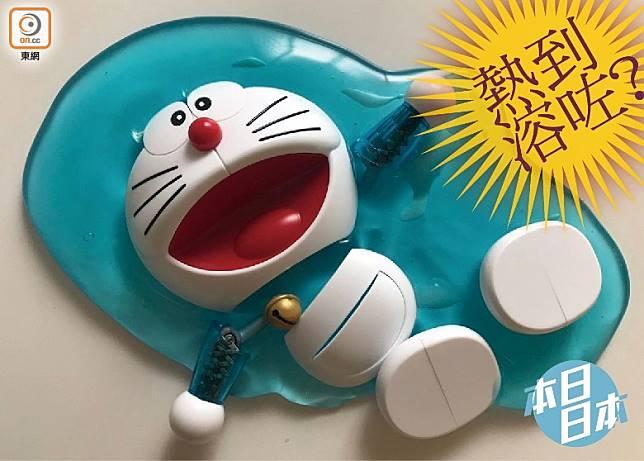 日本近日熱如盛夏,但竟連「多啦A夢」都熱溶,也太嚇人吧!(互聯網)