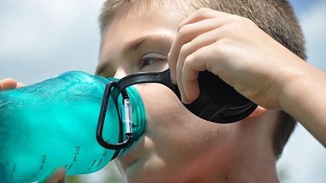 Dipaksa Orangtua Minum Air 4 Botol, Anak 11 Tahun Meninggal Dunia