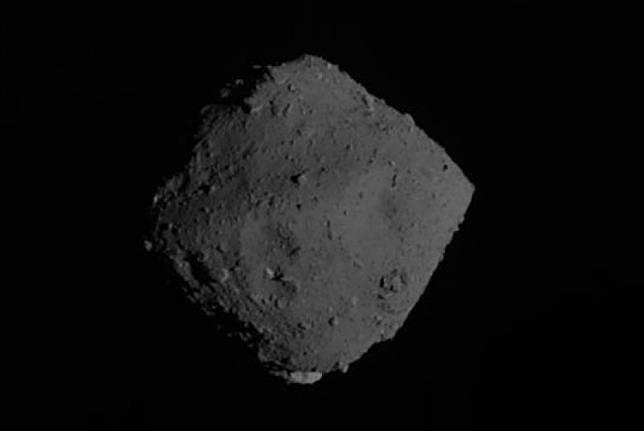 Asteroid ilustrasi