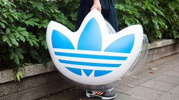 起點指標 / adidas originals Limited Swimming Float