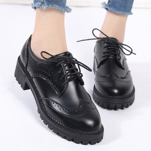 小皮鞋.英倫風雕花綁帶圓頭牛津鞋.白鳥麗子