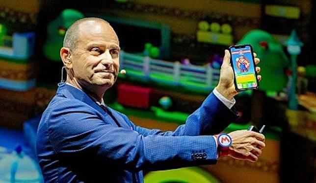 手環還可連動你的手機App,讓你投入在「遊戲角色」中。(互聯網)