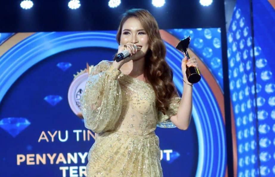 Daftar Lengkap Pemenang Anugerah Dangdut Indonesia 2019 Tabloidbintang Com Line Today