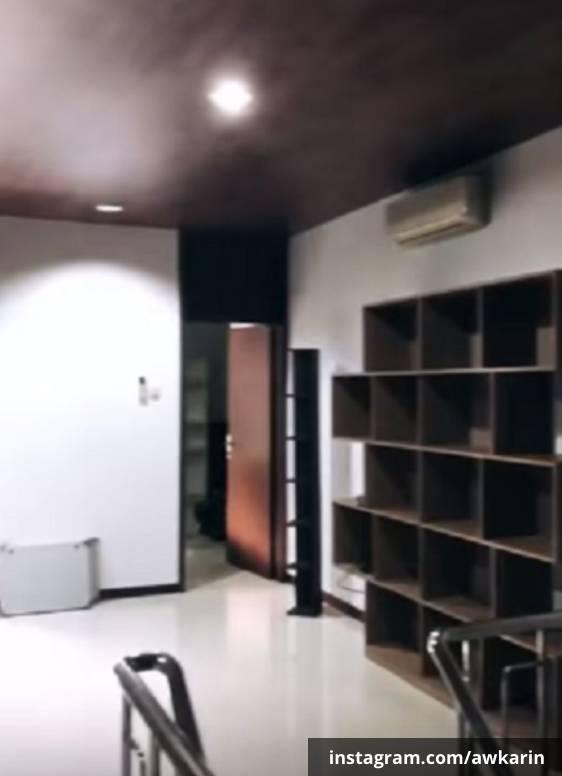 Ruang di lantai atas rumah baru Awkarin