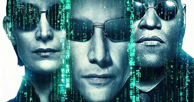 睽違17年《駭客任務4》2020開拍,基努李維、凱莉安摩絲回歸母體