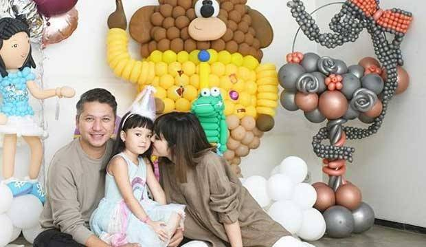 Lihat Kebersamaan Gading dan Gisel di Ultah Gempita, Netizen: So Sweet